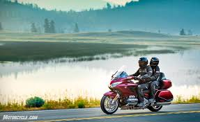 First Look: 2018 Honda Gold Wing and Gold Wing Tour