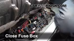 replace a fuse 1991 1996 buick park avenue 1994 buick park 6 replace cover secure the cover and test component