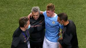 Book tickets to watch the uefa champions league final 2021 manchester city v chelsea live at your nearest vue cinema. Manchester City S Kevin De Bruyne In Tears After Being Forced Off Injured From Uefa Champions League Final Cbssports Com