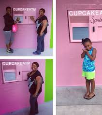 Cupcake Vending Machine Franchise Interesting Cupcake ATM Sprinkles