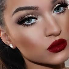 homeing glam makeup look