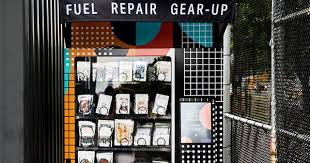 Vending Machine Repair Dallas Classy Lululemon Run Stop Shop Free Vending Machines PureWow