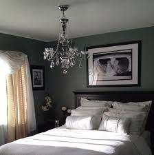 Here Is The Great Bedroom Decorating Tips For Newlyweds.