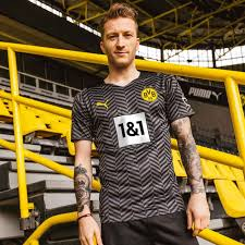 The black & yellow bvb home jersey is the right choice for everyone at the bvb home games at signal iduna park. The Daily Bee Bvb Unveil 2021 22 Away Kit Fear The Wall