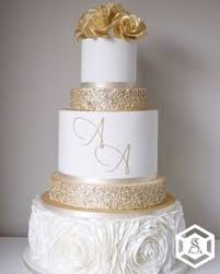 44 Best White And Gold Wedding Cake Images Wedding Cupcakes