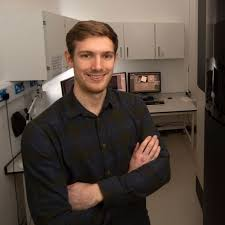 Benjamin Falcon receives the 2019 Alzheimer's Research UK Rising ...