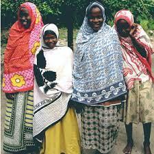 カンガ~アフリカの生活布~ アフリカフェ@バラカ アフリカ雑貨、アフリカ布、カンガ、キテンゲ、タンザニア珈琲紅茶、ティンガティンガ・アート 輸入元 卸  販売 株式会社バラカ