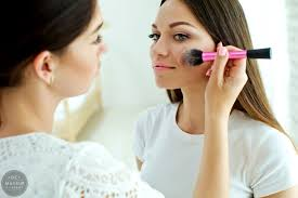 bee a freelance makeup artist in new york