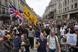 بريطانيا.. آلاف المتظاهرين في لندن احتجاجا على قيود كورونا - RT Arabic