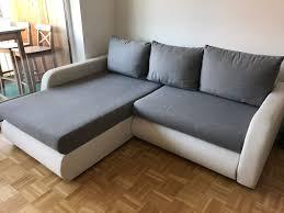 Couch Grauweiß