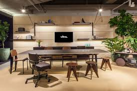Pictures office Office Space For The Vitra Showroom In Chicago We Explored The Evolution Of Tech Office Design An Aesthetic We Call Silicon Valley Modern Moving Beyond Welltrodden Paymentwall The Evolution Of The Silicon Valley Tech Office Shibuleru