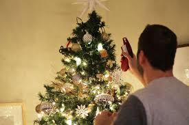 Fixing Burnt Out Christmas Tree Lights Psa Instantly Fix Your Burnt Out Christmas Lights Winter