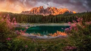 Sunset Lake Carezza Mount Catinaccio ...