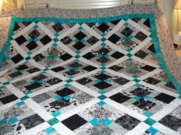 Best 25+ Teal quilt ideas on Pinterest | Quilt patterns, Baby ... & Disappearing 9 patch with lattice and corner stones. Like the use of B and W Adamdwight.com