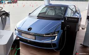 2020 volkswagen golf. volkswagen \u0027gen.e\u0027 previews design of 2020 golf a