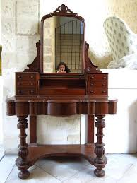 old fashion mirror old fashioned dressing table antique dressing table with round mirror dressing tables
