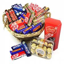 chocolate gift hers australia important tips for guys to express their love on valentine