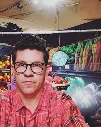 Celebrity Chefs Mourn Death of Food Network Star Carl Ruiz