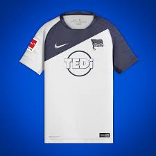 Press conference before the derby of hertha bsc vs union berlin with our skipper bruno labbadia (self.herthabsc). Hertha Berlin 2019 20 Away Concept
