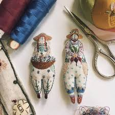 My Paisley World: Megan Ivy Griffith's Fanciful Embroidered Dolls    Embroidery craft, Fabric dolls, Dolls handmade