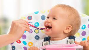 Cách cho bé ăn dặm lần đầu tiên cho Con Khỏe, Mẹ Nhàn - TheTips