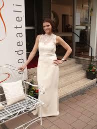 Unnachahmlich, leichte und komfortable brautkleider begeistern in femininen silhouetten. Sonja Glogau Brautmoden Nahkurse Modedesign
