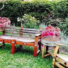 15 garden bench ideas for your backyard