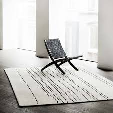 woodline rug white with black lines throughout and prepare 9
