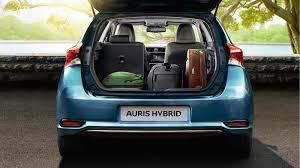Auris and Auris Hybrid | New Cars | Toyota Ireland - Cogans
