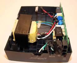 cracking open an apc battery backup techrepublic inside the apc back ups es 350