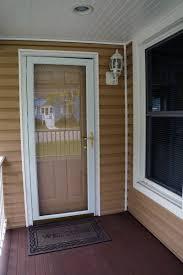 installing storm doors