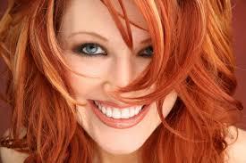 Photo De Femme Aux Cheveux Teint Cuivr Cheveux Roux Ou Qui