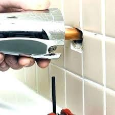 replacement bathtub faucet handles replace bathtub faucet single handle how to replace a bathtub spout how to replace bathtub spout replace bathtub faucet