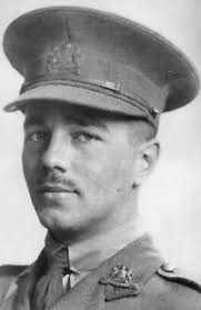 best ideas about wilfred owen dulce et decorum wilfred owen 1893 1918 world war 1 poet famous for making people aware of