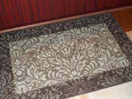 what is a safavieh rug what does safavieh rug mean tufting hand tufted wool rugs
