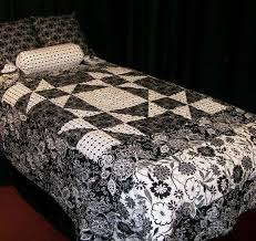 7 Best Black and White Quilting Patterns & Black and White Quilted Bedspread, Crafty Pattern Adamdwight.com