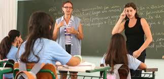 Resultado de imagem para professora e aluno especial