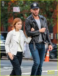 kate mara cares only about her family owned nfl teams steelers giants