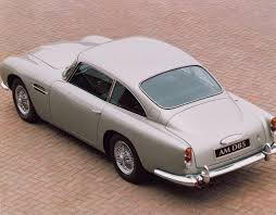 1963→1965 Aston Martin DB5 | Review | SuperCars.net