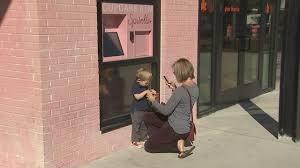 Cupcake Vending Machine Tampa Interesting Sweet 'Cupcake ATM' Debuts In Tampa Story FOX 48 Tampa Bay