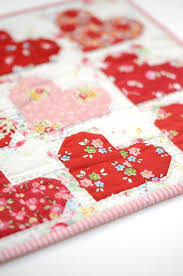 Valentine's Quilt Projects | Sewing projects, Tutorials and Patterns &  Adamdwight.com