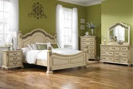 Queen Bedroom Rometta 3 Piece Queen Bedroom Set With 32 Led Tv