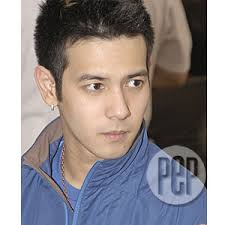 FIRST READ ON PEP: John Prats confirms break-up with Miakka Lim | PEP.ph: The Number One Site ... - 06e36140c
