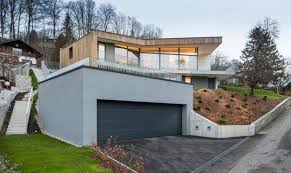 24 sloped house that celebrate your