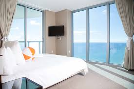 Ocean City 2 Bedroom Suites Sole On The Ocean In Sunny Isles Fl One Of The Best Hotels In