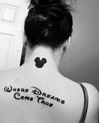 Tattoo Sprüche Der Stars 122 Ideen Für Tattoo Schriftzug Tattoos
