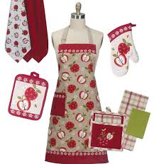 Kiss The Cook Kitchen Decor Kay Dee Designs Aprons Oven Mitts And Kitchen Towels