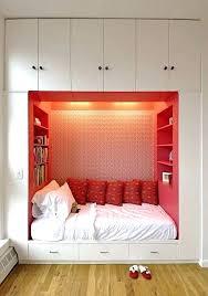 small bedroom ideas with queen bed. Queen Bed Ideas For Small Room Bedroom With Spaces In Bedrooms