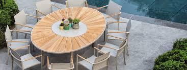 O zon circular garden dining table