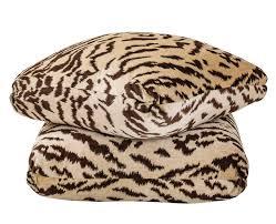 Flash Sale – Turkish Pillow Tigertooth – Billy Baldwin Studio